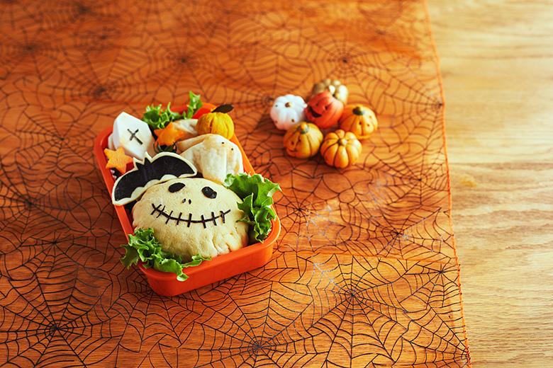 子どもが喜ぶ! ハロウィンのお弁当簡単アレンジレシピ【ドクロのオムライス編】