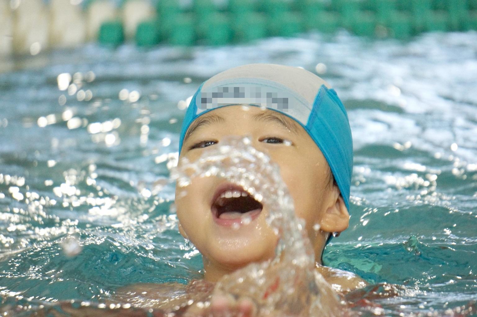 子どもにおすすめの習い事水泳