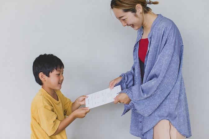 """家庭教育アドバイザー・柳川由紀さん流マネー教育になる子どものための""""お小遣い制度"""""""